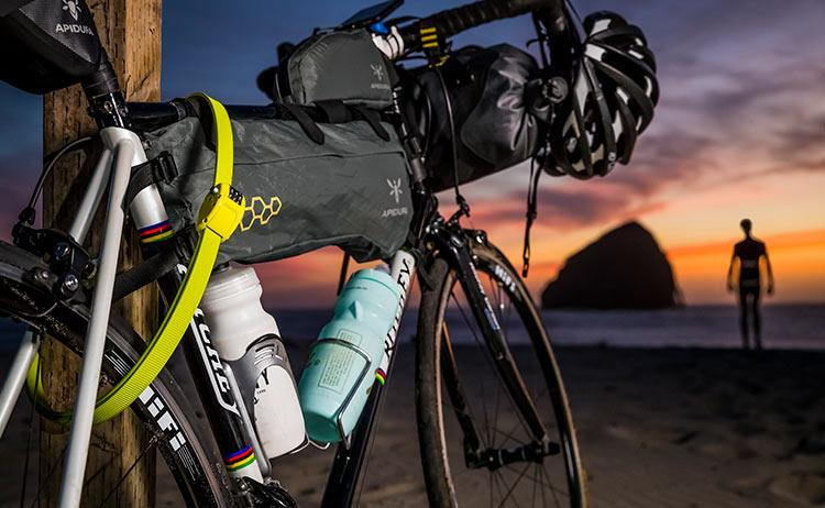 OTTOLOCK_BikeAtBeach_Green_web